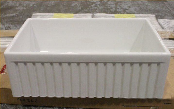 Very large 840mm Belfast sink with ribbed front