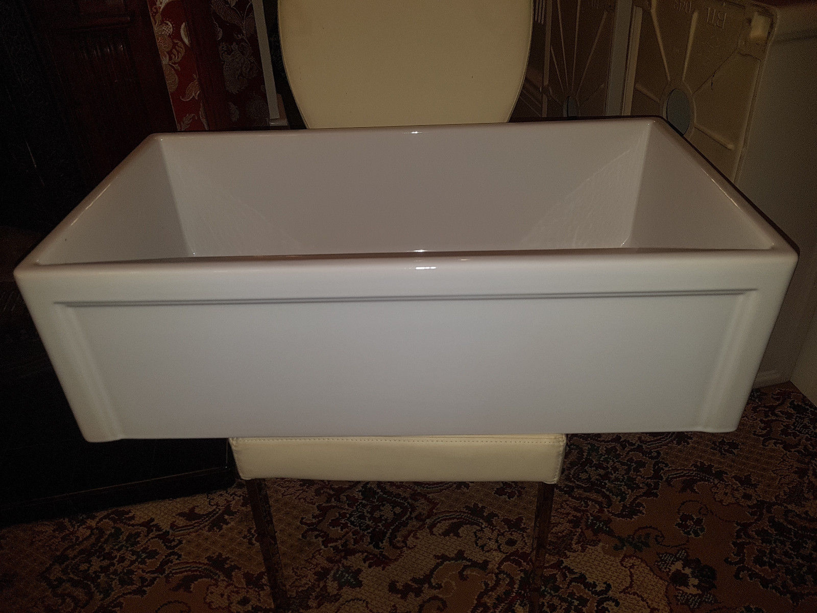 Very large 840mm Belfast sink with frame front